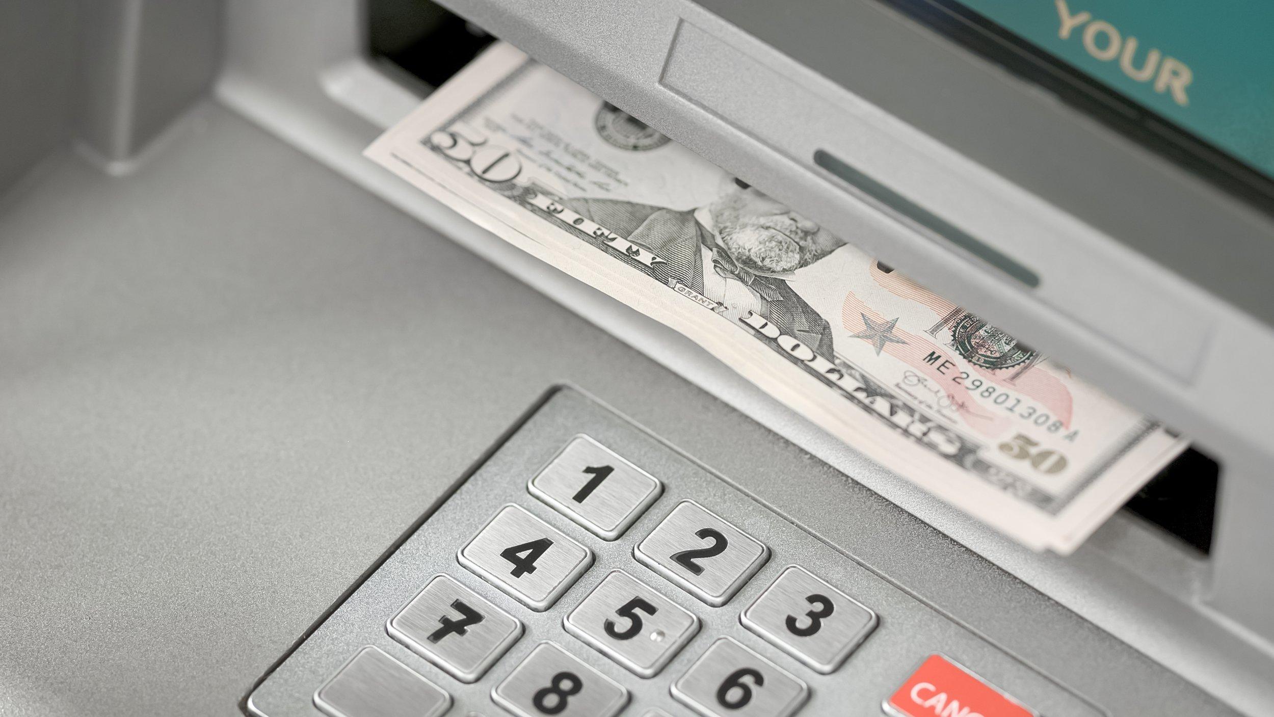 Erste Bank bankomat | Koprivnica | Supernova